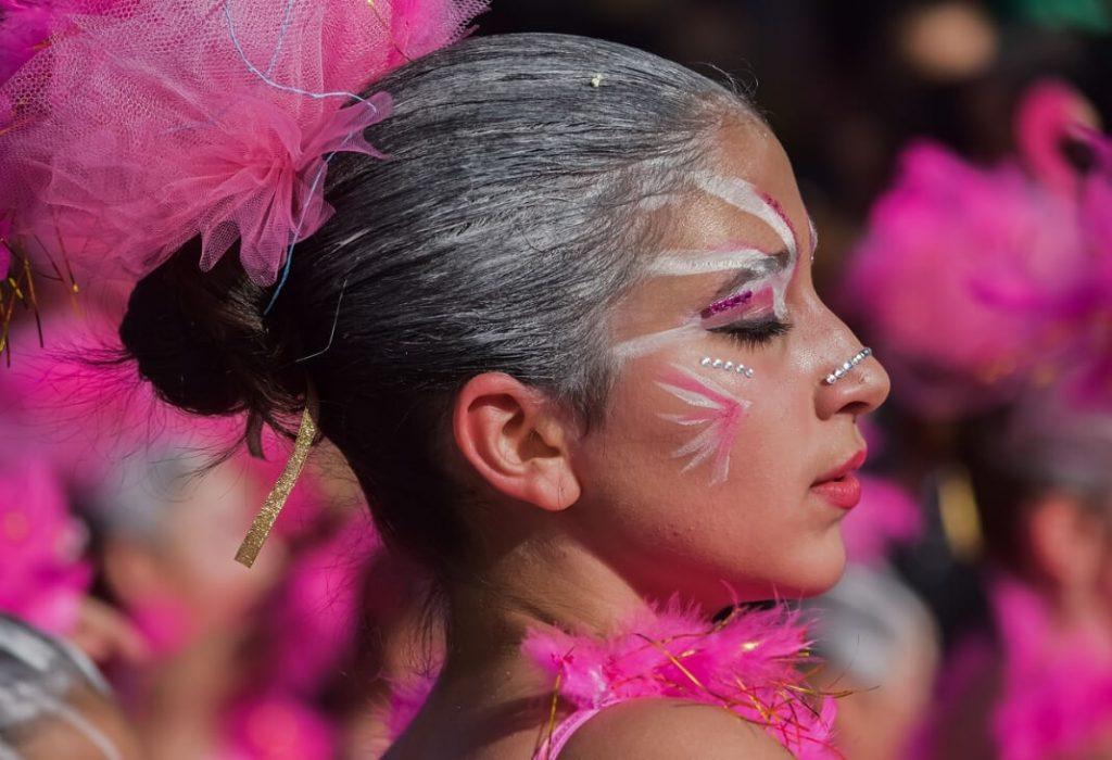 manuelarandabienestarybelleza carnaval 2019 barber shop fiesta lgtbi